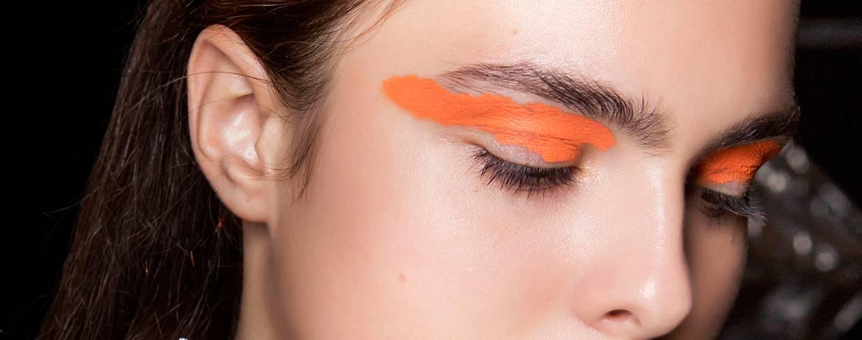 348e375c2f makijaż - Elle.pl - trendy wiosna lato 2019  moda