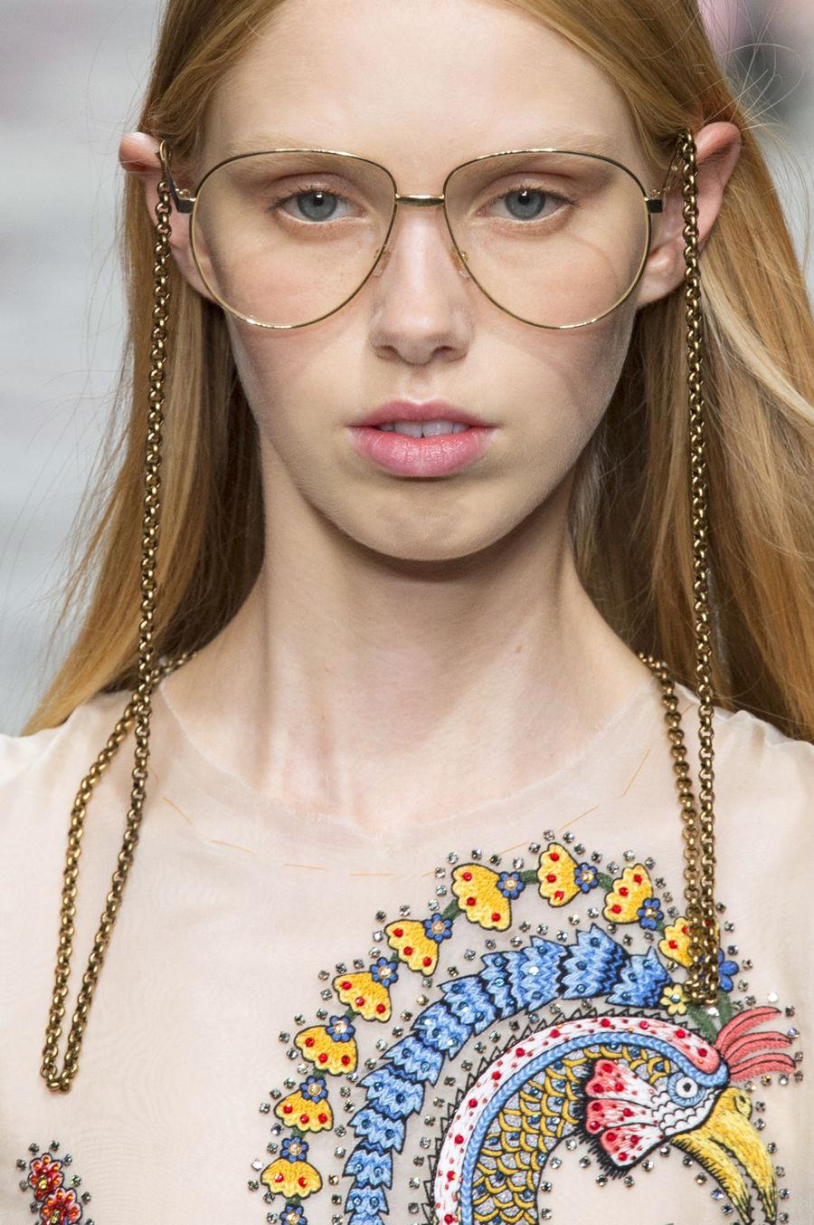 0a502e01e6a688 Modne okulary korekcyjne - Elle.pl - trendy wiosna lato 2019: moda ...