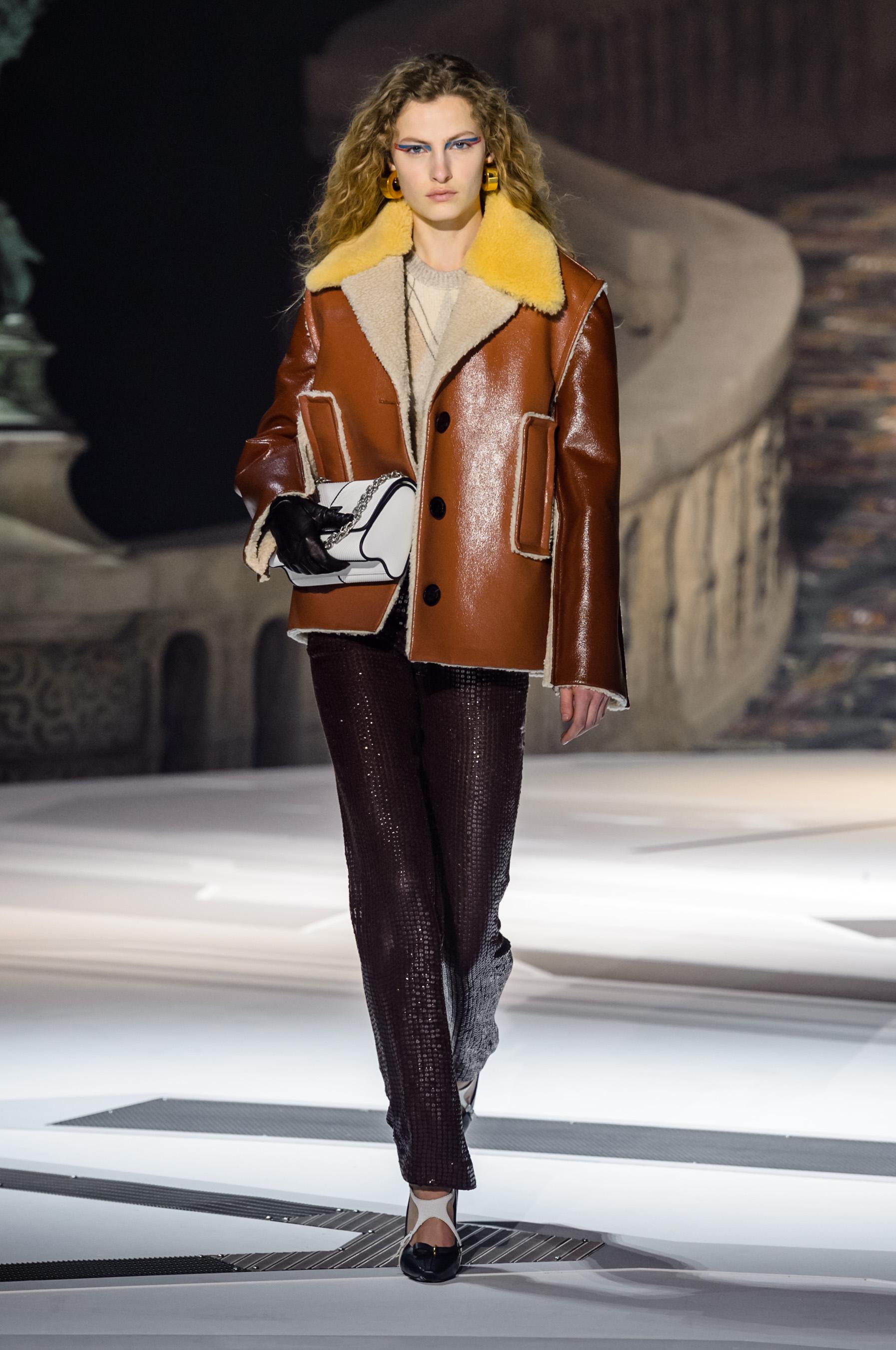 9836b781dc79 Louis Vuitton jesień-zima 2018 2019 - Elle.pl - trendy wiosna lato 2019   moda