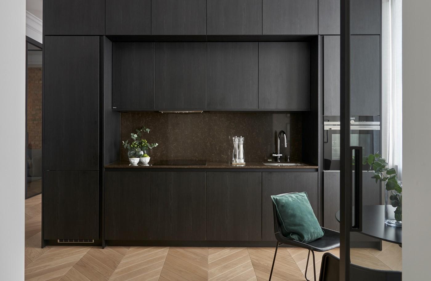 Mieszkanie Z Czarną Kuchnią Elle Decoration Trendy